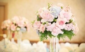 Flores-para-decoração-de-casamento-qual-usar-salao