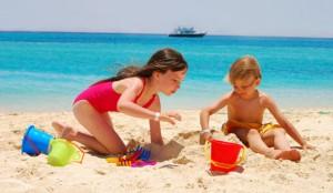 Cuidados-com-as-crianças-na-praia-1