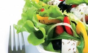 Dieta-das-folhas-emagrece-3-quilos-em-um-mês-prato