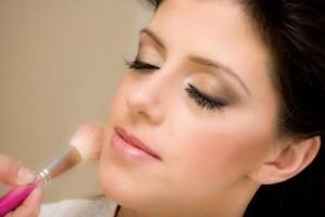 7-dicas-de-maquiagem-para-o-dia-comum