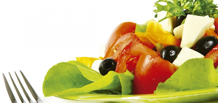 Dietas restritivas podem causar compulsão alimentar, alerta especialista